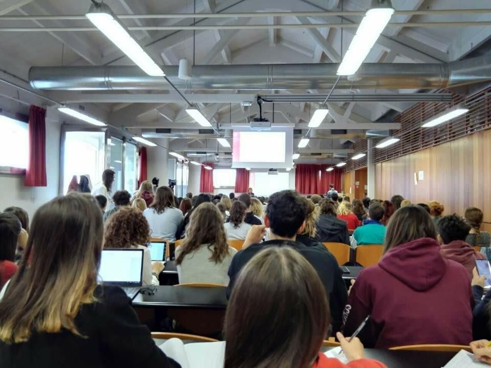 イタリア研修での現地大学の授業風景